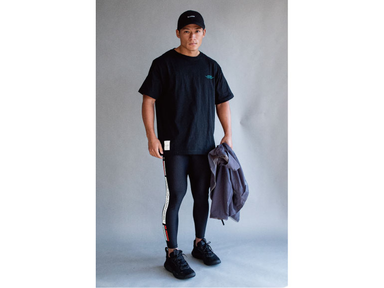 COTTON BIG LAYER GRAPHIC S/S TEE